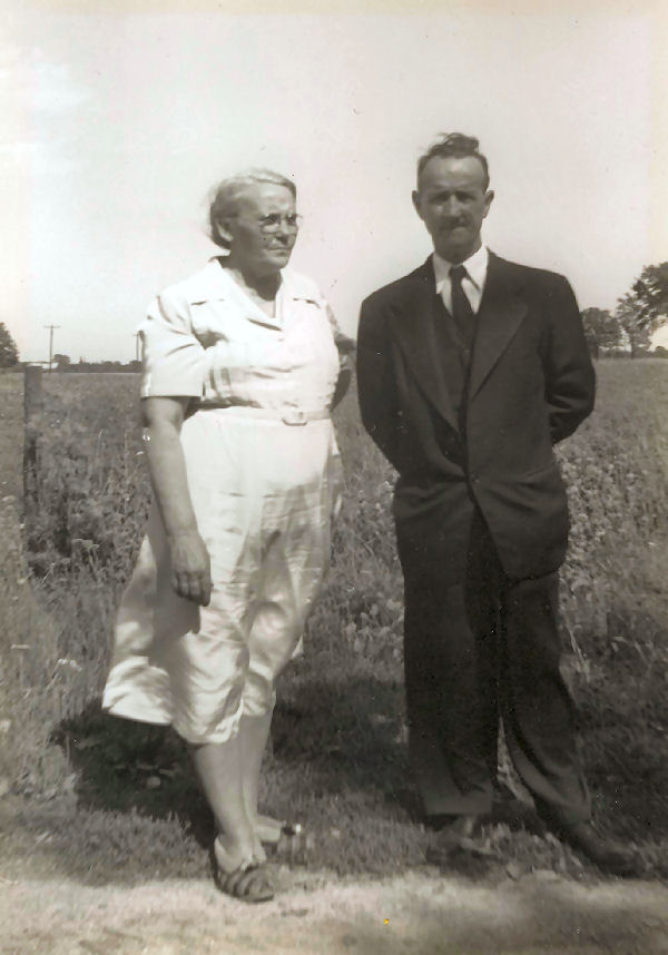 Grandma and Grandpa Nicholls (click to enlarge)